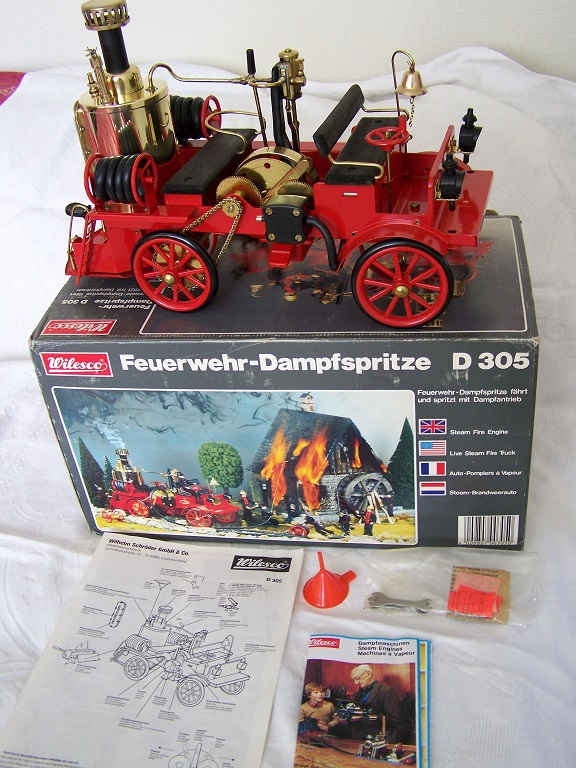 Wilesco D305 Model Steam Fire engine with box