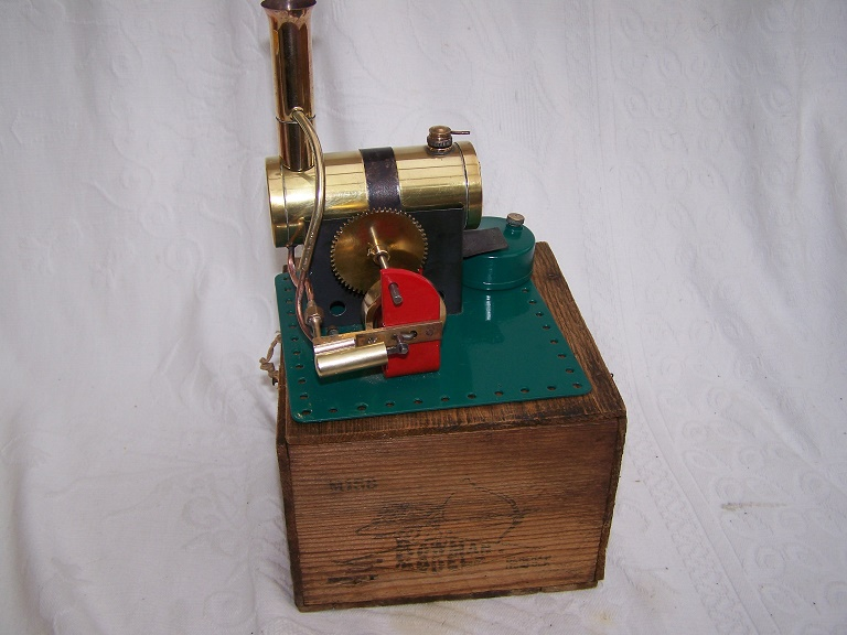 Bowman M158 model steam engine with original box