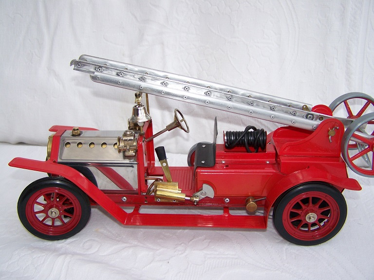 Mamod FE1 live steam model fire engine
