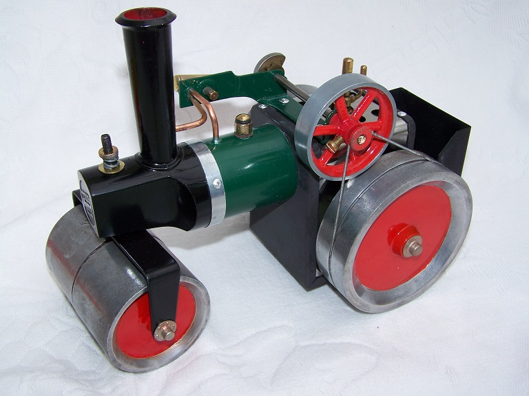 Mamod Steam roller live steam model engine