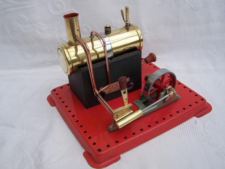 Mamod SE2 model steam engine