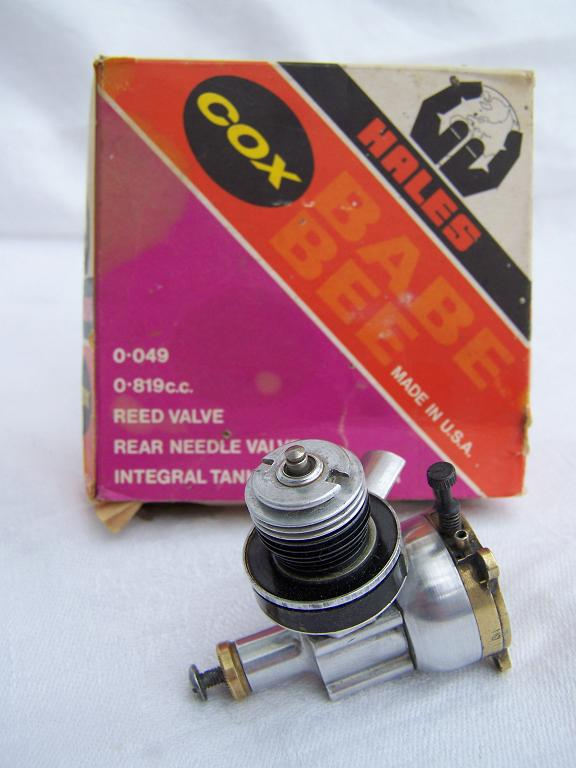Cox baby bee model airplane engine boxed.