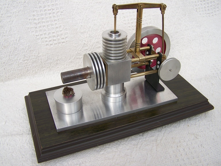 Large hot air Stirling engine