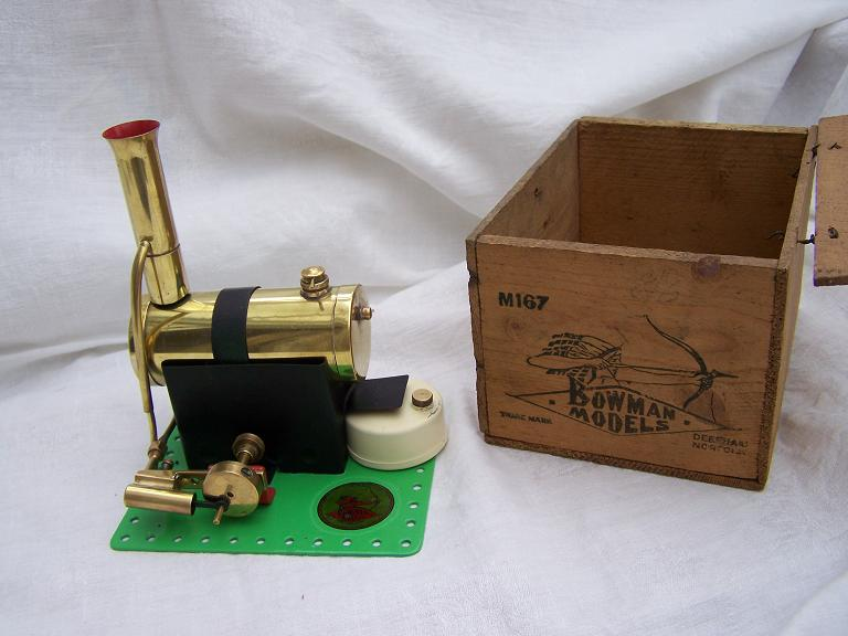 Bowman model no m167 model steam engine with box.
