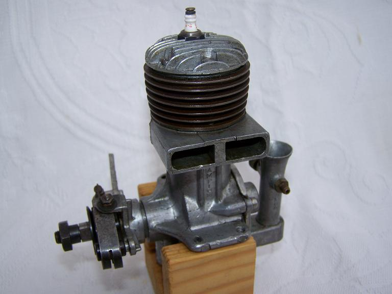 Atwood champion spark ignition model engine