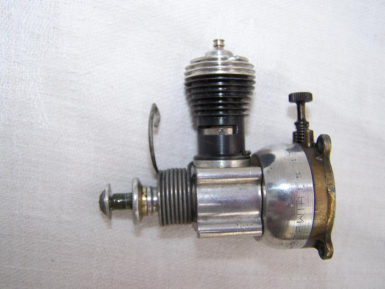 Cox baby bee 049 model engine