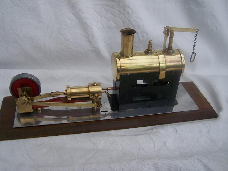 Cyldon 13/2 Static model steam engine.