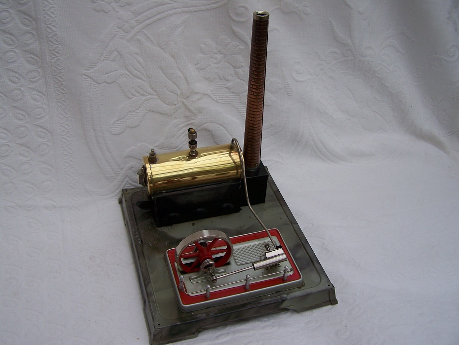 Fleischmann model steam engine, oscillating cylinder