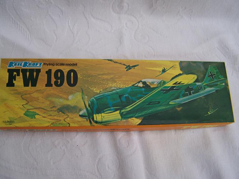 Keil Kraft FW 190 flying scale model aeroplane kit