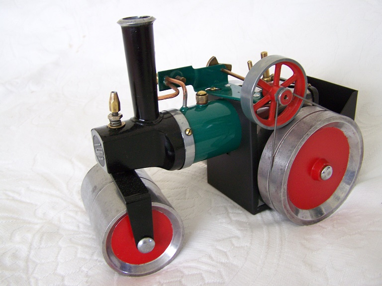 MAMOD SR1 Early nut and bolt construction model steam roller