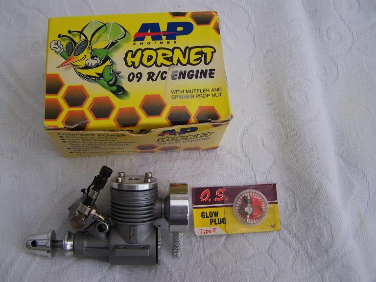 A S P Hornet 1.5cc model glow plug engine NEW