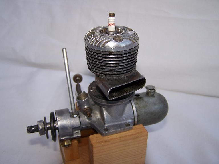 Madewell 49 Sparh ignition model aeroplane engine