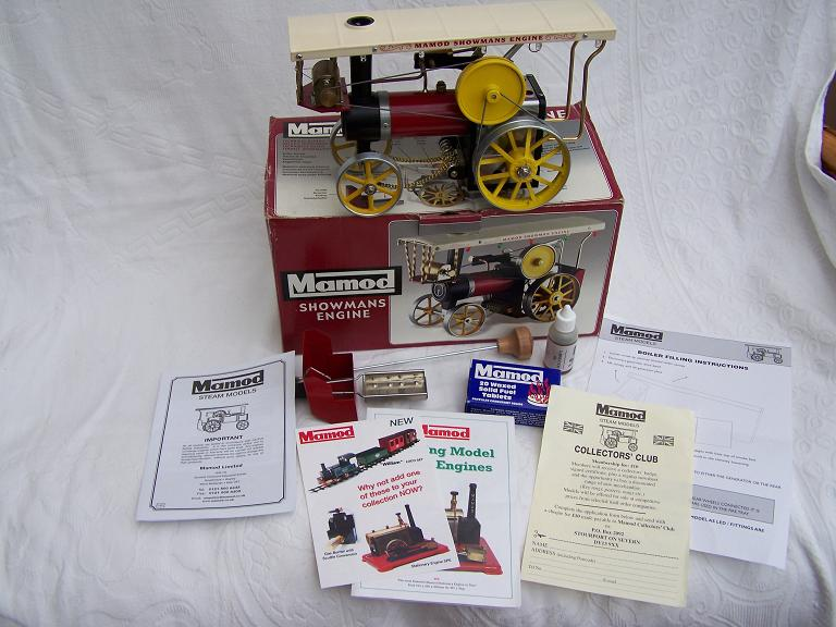 Mamod Showmans Engine unfired with box.