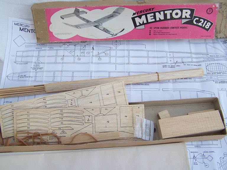 Mercury Mentor c.218 model aircraft kit