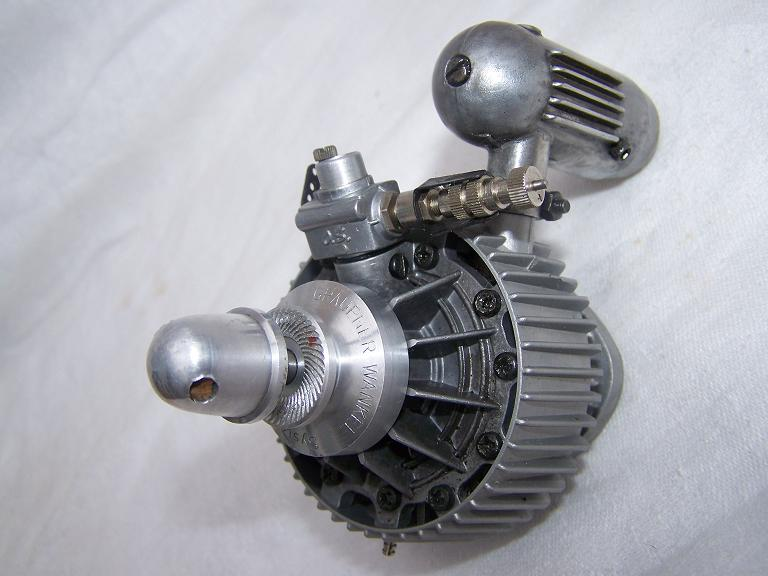 O S Wankel rotary model airoplane engine type [1]